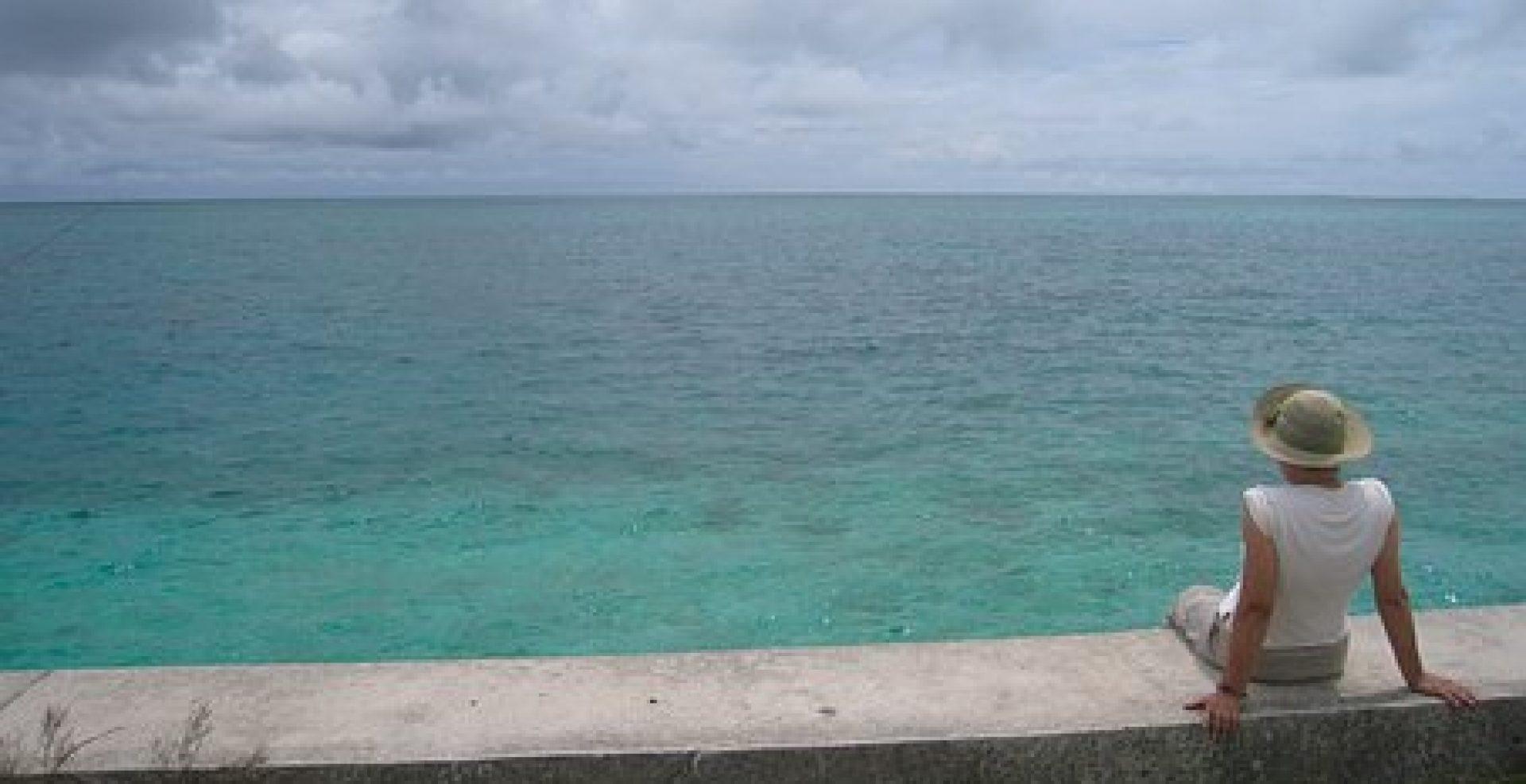 cropped-coral-reefs-1696496__340.jpg